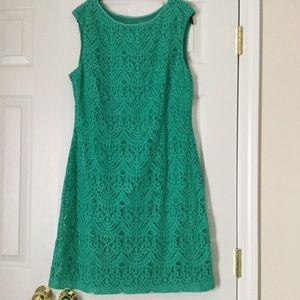 Jessica Howard Green Lace Dress Size 14, no sleeve